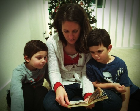 reading-kids-narnia-gifts